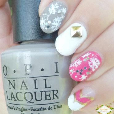 Crystal Snowflake Nail Art (Girly!)  nail art by madjennsy Nail Art