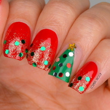 Trendy 20nails 20christmas 20tree 20glitter 20nail 20art 20review 20 2  thumb370f