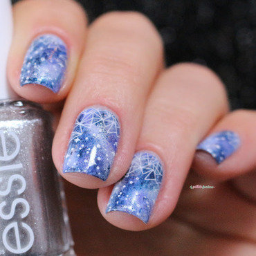 Essie 20winter 20galaxy 20nailart 20paillette 206 thumb370f