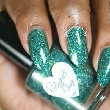 Polished For Days Under The Mistletoe Swatch by glamorousnails23