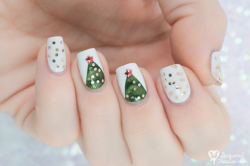 Magnetic Christmas tree nail art by Lacquered Obsession