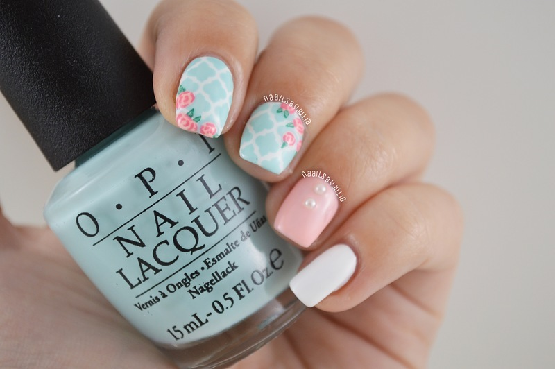 Moroccan+floral prints nail art by Julia