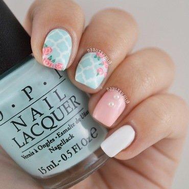 Moroccan+floral prints nail art by Julia