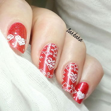 White&Red nail art by Les ongles de B.