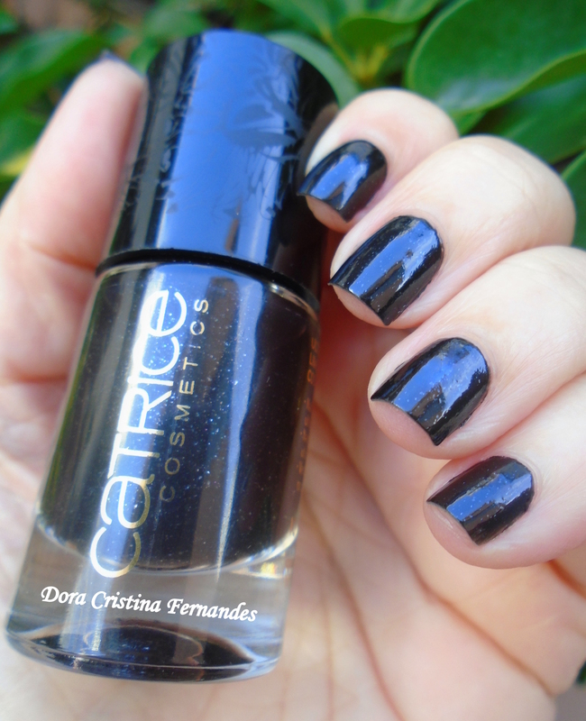 Catrice LE Feathers & Pearls Running Wild Swatch by Dora Cristina Fernandes
