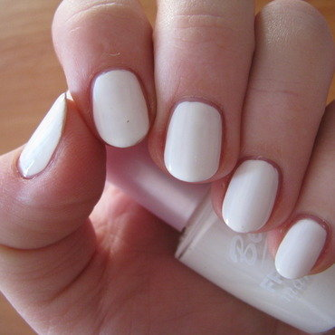 Bell French White Swatch by Nail Crazinesss