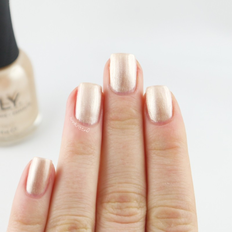 Orly Front Page Swatch by Ann-Kristin