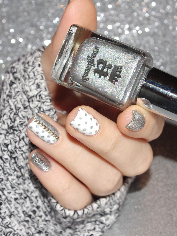 Mix and dots ! nail art by Bulleuw
