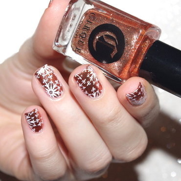 Bling Snow nail art by Bulleuw