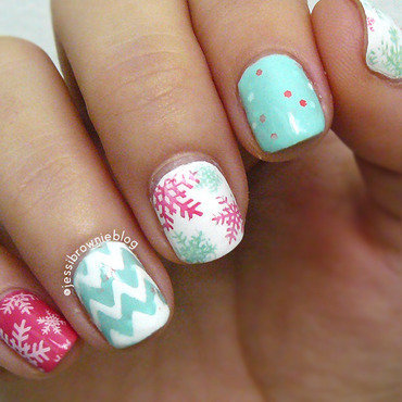 Winter Snowflakes nail art by Jessi Brownie (Jessi)
