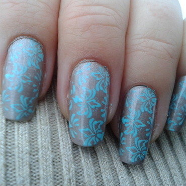Frozen damask nails nail art by Jájis
