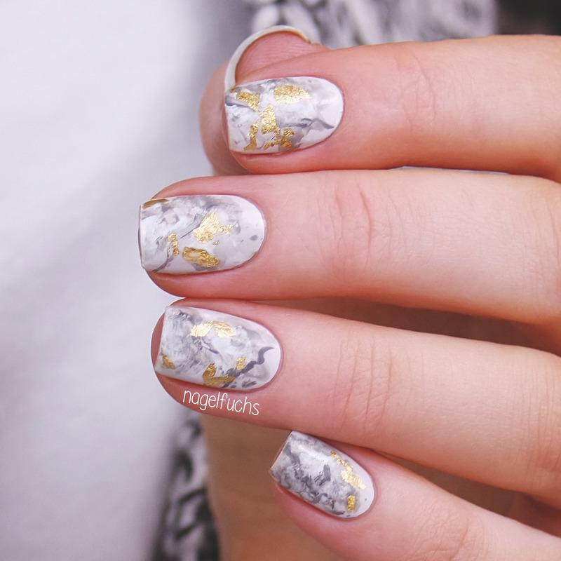 Golden Marble nail art by nagelfuchs - Nailpolis: Museum of Nail Art