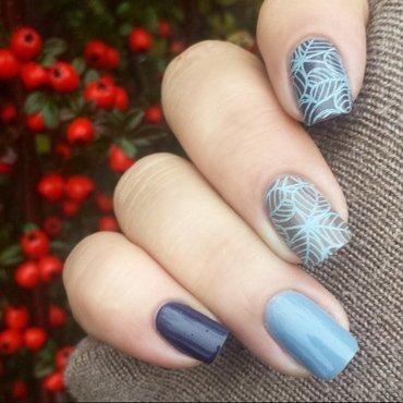 Blue mood  nail art by Valentina