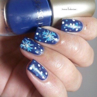 Nailart 20blue 20snowflakes 20arabesque 20kobalt 20blue 20 8  thumb370f
