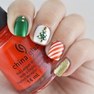 Christmas nails nail art by Julia
