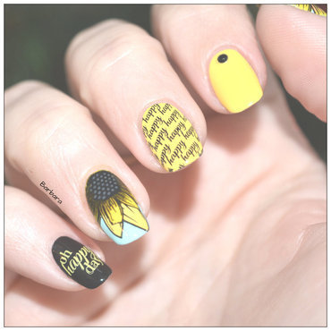 Tournesol nail art by Les ongles de B.