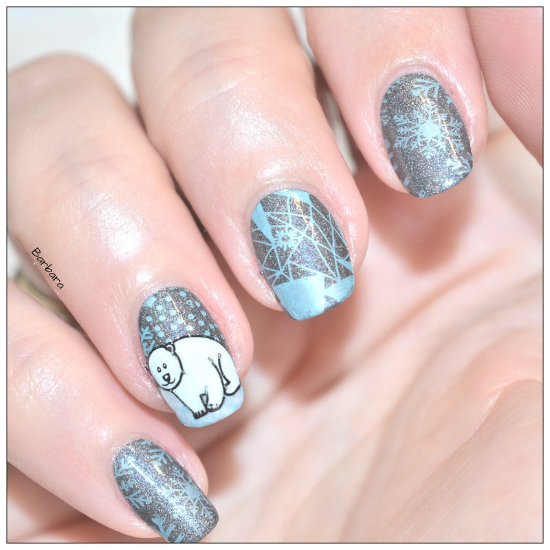 Ours Polaire nail art by Les ongles de B.