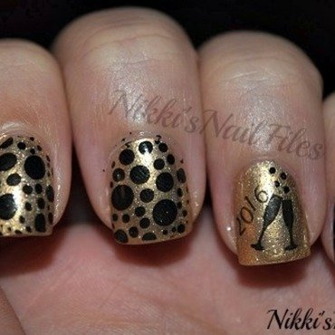 NYE 2015 nail art by nikkisnailfiles