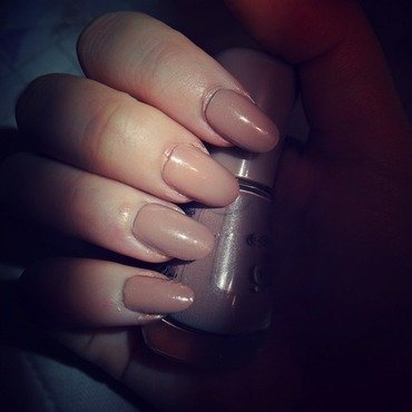 Keep it nude nail art by Zuza