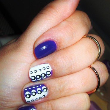 balance nail art by Elyana