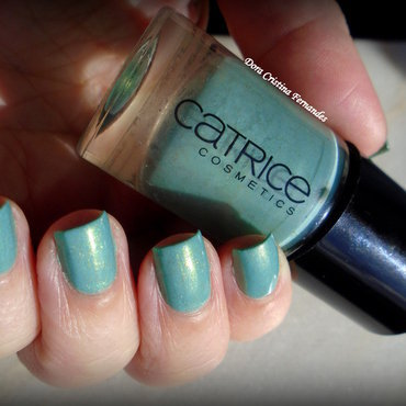Catrice Mint me Up Swatch by Dora Cristina Fernandes