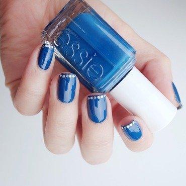 Sparkle nail art by Alina E.