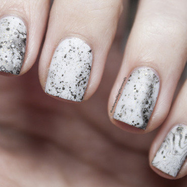 Marble something nail art by Jule