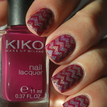 Holo Chevron Nails nail art by Hana K.