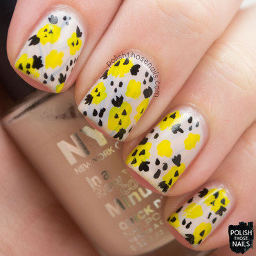 Pale yellow floral pattern nail art 4 thumb370f