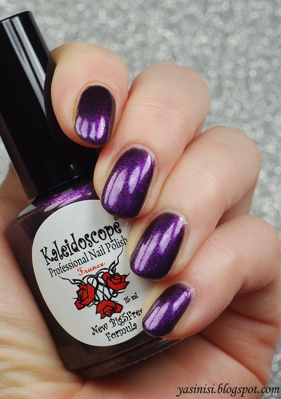 Kaleidoscope Night Dreams 01 Aries Swatch by Yasinisi