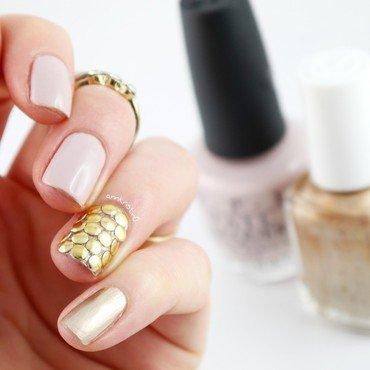 Round Studs accent Nail nail art by Ann-Kristin