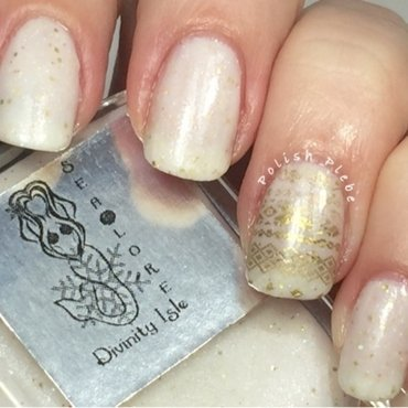 Sealore Polish Divinity Isle Swatch by Crystal Bond