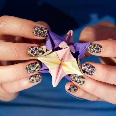 Stamping decal stars nail art by Zara TracesOfPolish