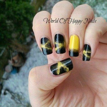 """Yellow - black """"smoky"""" manicure nail art by Aurora"""