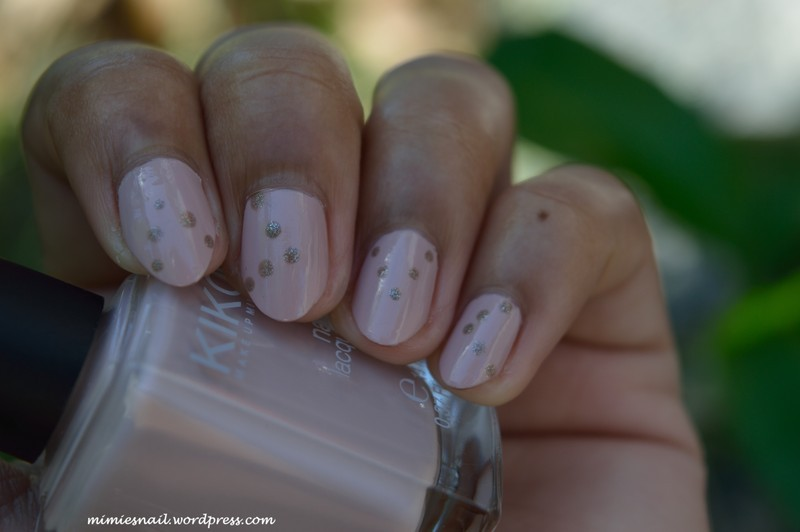 Little dots nail art by MimieS Nail