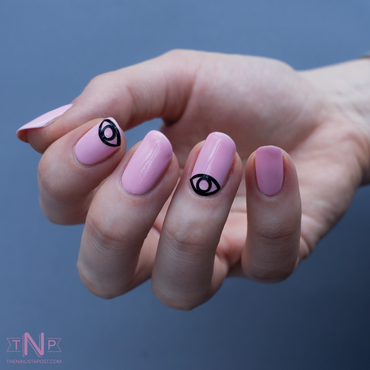 La vie en rose nail art by Kate C.