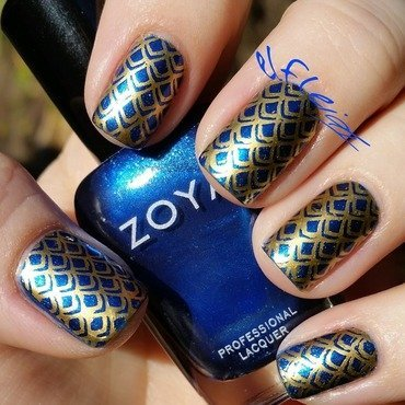 PAA Mani Monday 01-18-2016 nail art by Jenette Maitland-Tomblin