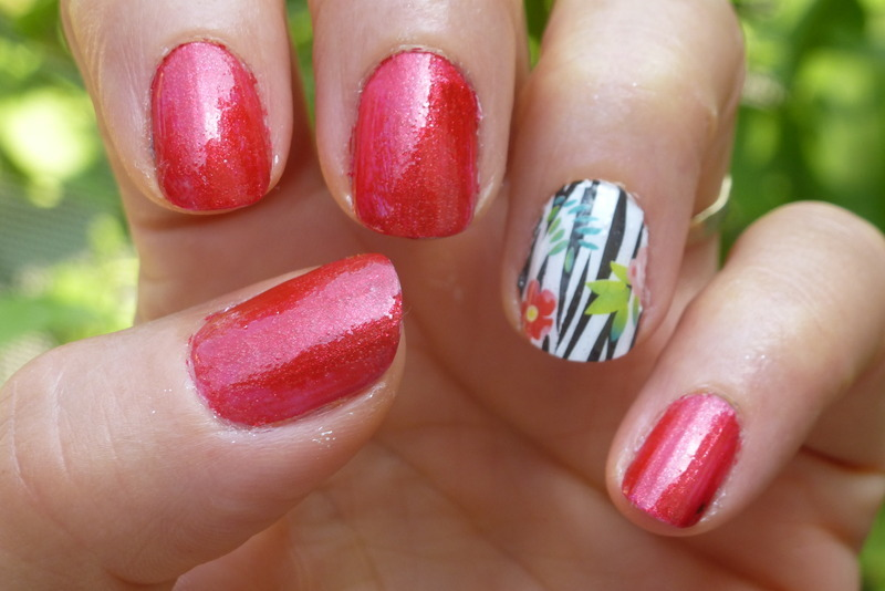 Zebra girl nail art by Barbouilleuse
