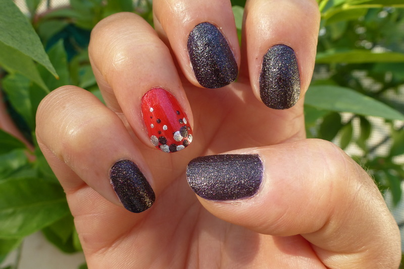 P Cola second hand nail art by Barbouilleuse
