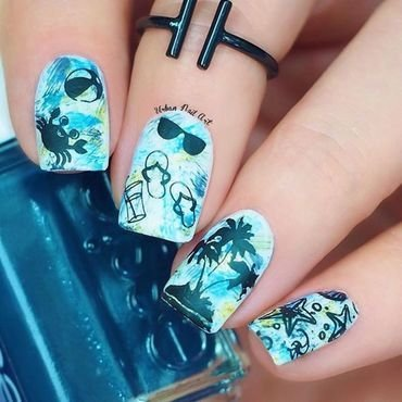 'Sketcy Beachy Design' nail art by Lou
