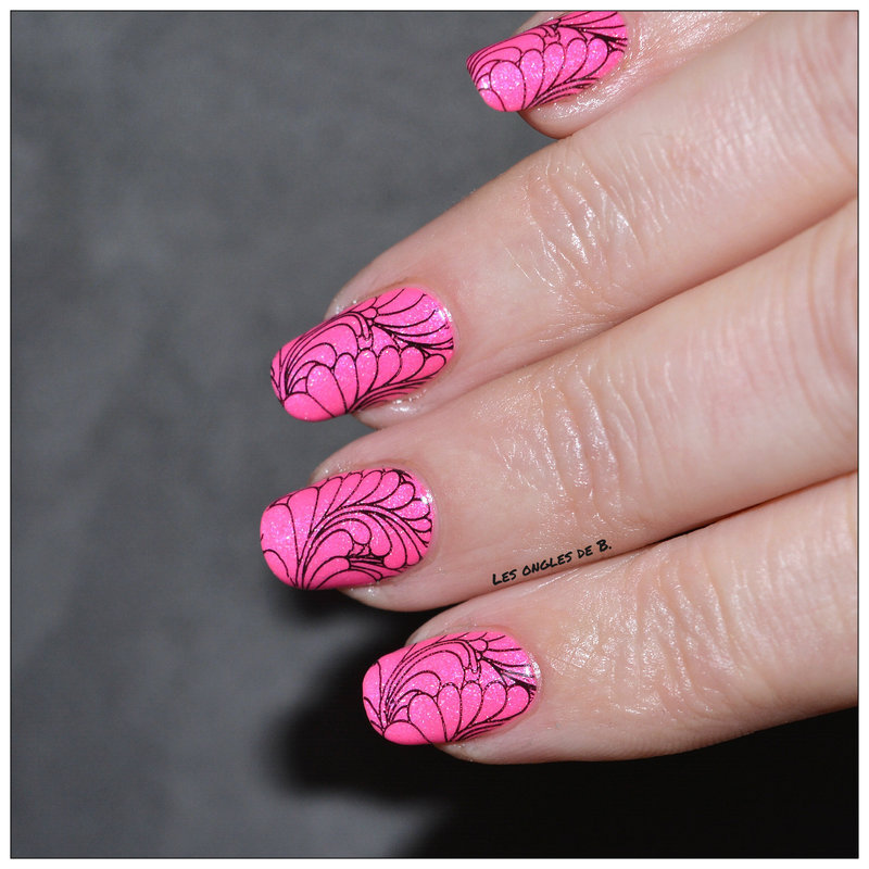 Wanderlust et Moyra nail art by Les ongles de B.