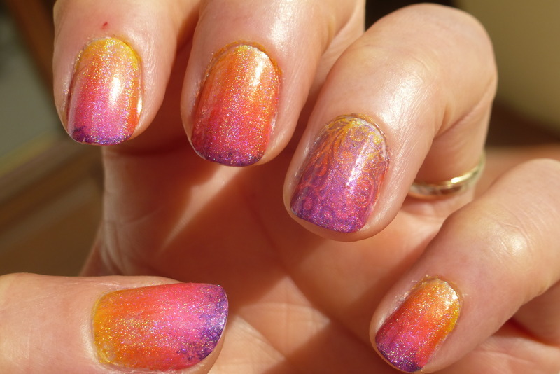 Sunset nail art by Barbouilleuse
