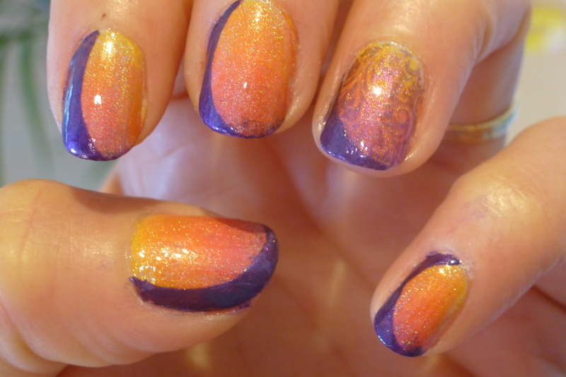 Sunset Plus nail art by Barbouilleuse