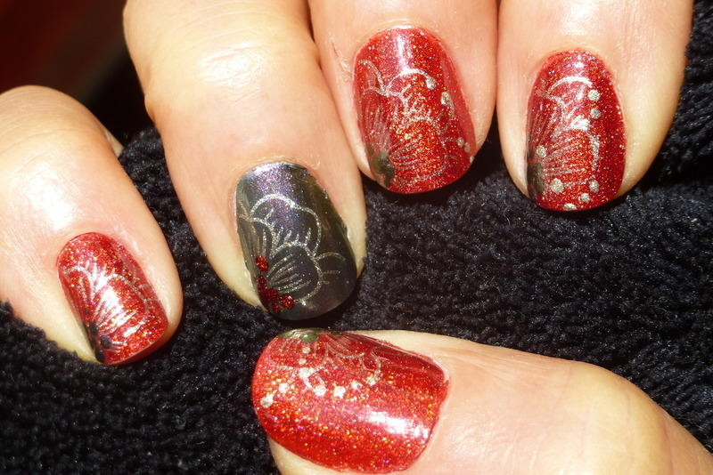 Red carpet nail art by Barbouilleuse