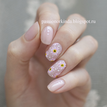 Gerbera nail art by Passionorkinda