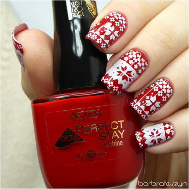 Red knitted nails nail art by barbrafeszyn
