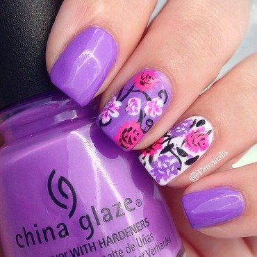 Flowers nail art by Fercanails