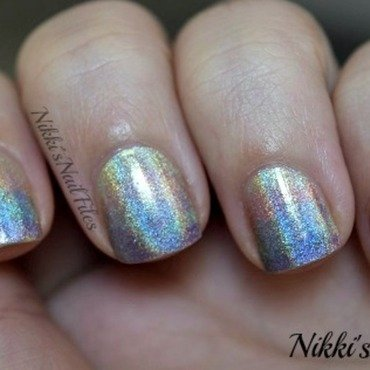 A barely there holo ombre! nail art by nikkisnailfiles