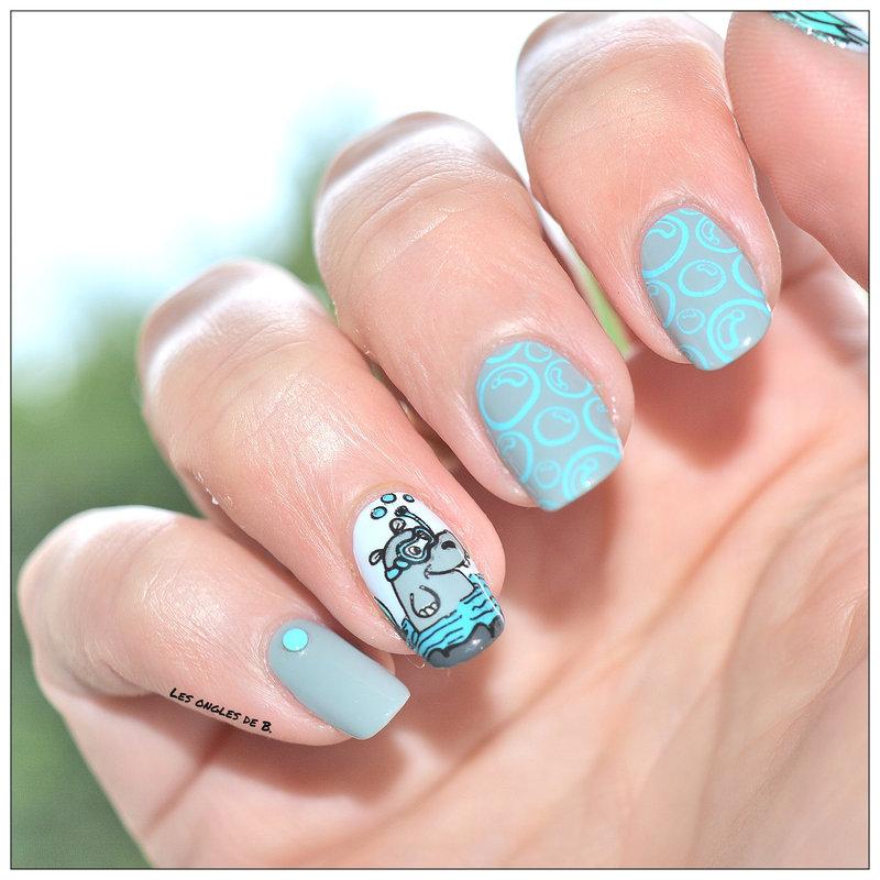 Petit hippopotame nail art by Les ongles de B.