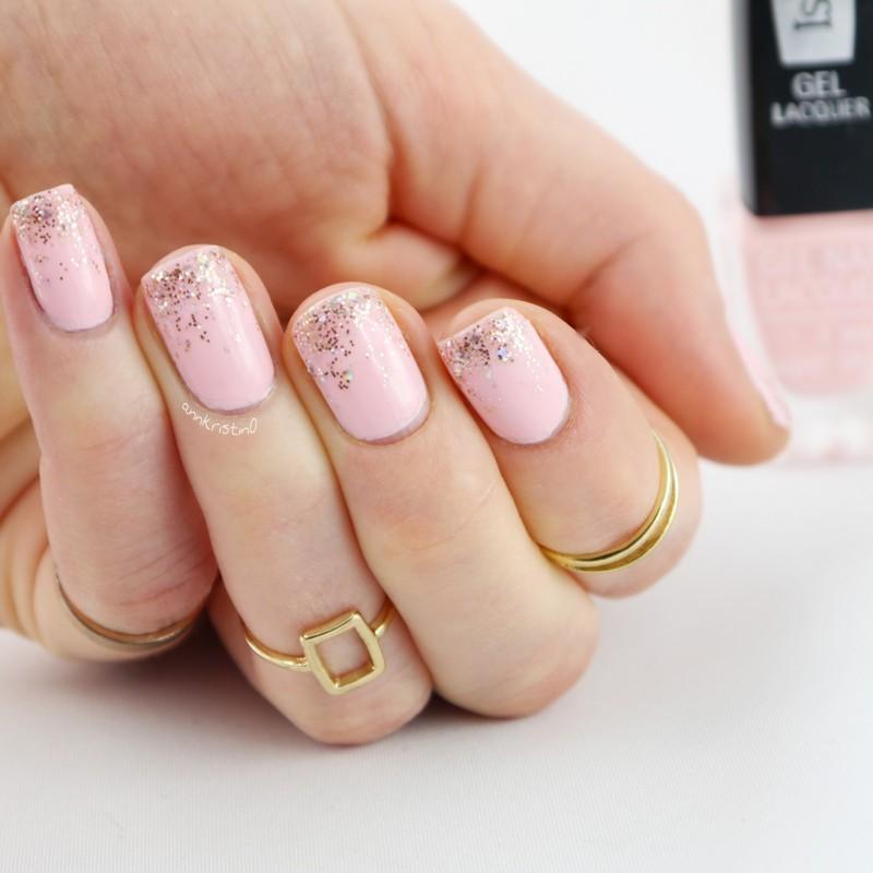 Cute Glitter Gradient nail art by Ann-Kristin